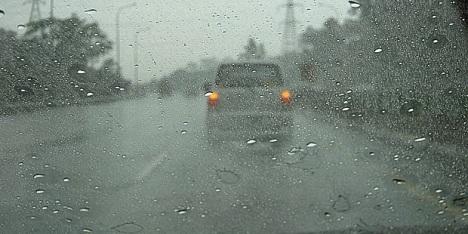 Penyebab+Jamur+pada+Kaca+Mobil